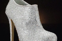 Shoes / by Alejandra Carrasco