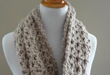 knit/crochet cowls / by Tina Niesen