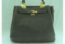 designer purses outlet / by Patricia Levy