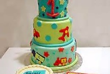 Cake!! / Wonderful cakes / by Linsay Crawford
