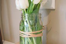 Flower arrangements / by Brittini Wright