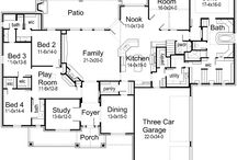 Floor plans / by Kimberly Greer