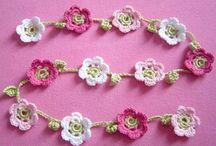 love crochet / by Corine Vreeling