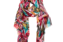 scarf addict / by Paige Ray