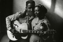 The Blues Image / A collection of images of blues musicians / by Bob Herndon