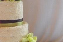 Cakes / by Jodi Kay Hansen