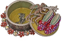 crafts, jewelry, books / by Pat Caracappa