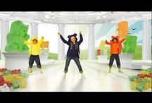 School- Music Videos / by Crystal-Lee Healey Trudeau