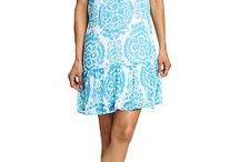 sun dresses i like / by Jessica Eubanks