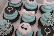Cupcakes / by Lilia Fausto