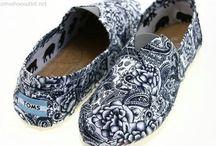 Shoes / by Linda Hamilton