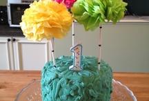 To Bake a Cake / by Sari Mae