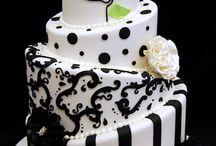 CAKE IDEAS / by Kelly Bridges