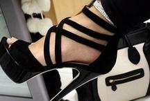 Shoes / by Letizia Ronconi Gentili