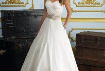 Wedding Dresses / by Ashley Dawn