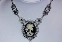 Necklace Ideas / by Angela Huffman