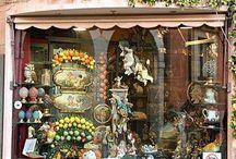 Shops / by Yvonne Kitschychoo