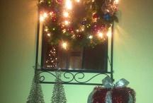 Christmas Decor / by Yvette Welchlen