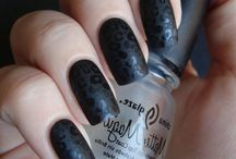 Nails - I like / by Mary Conn