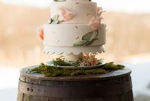 Cakes / by Karlie Burns