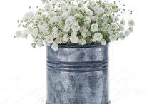 Flower decoration ideas / by Ciara Marchant