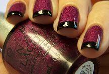 nails / by Ashley Kenyon
