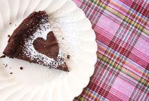 Desserts / by Kelly Pozzoli