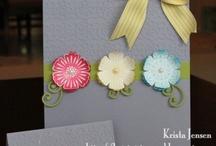 décorer sacs cadeaux / by Diane Bastien