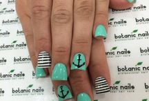 nails and toes / by Chantel Pulley