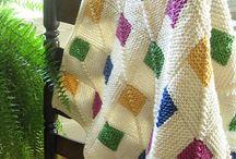 lanas y tejidos / Modelos de tejidos a palillos / by Ana Delia Durán Pasquali