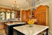 Home Remodeling & Decor / by Nayiri Karapetian