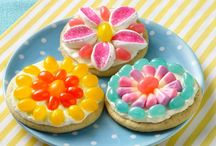 Spring Treats / We've got spring fever and the only cure is adorable homemade dessert!