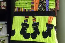 Halloween quilts and things / by Robin L. Jack-Brown