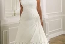 @~}~~Wedding Dresses / by Tammy Meche