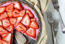 Dessert! / by Kim Lutz