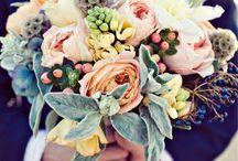 Wedding Bouquets / by Karen Innis Creative Director The Flower Academy Inc Ltd