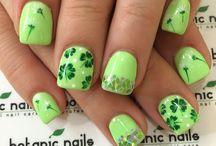 naiLs <3 / by Madison Qualkenbush