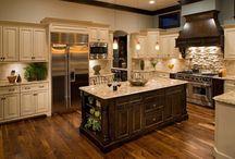 Kitchen  / by Sabrina Hubbard