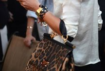 Love Handbags! / by Maarcela Hurtado