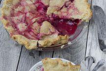 Raspberries / by Lyndsay Sweet Cuppin Cakes