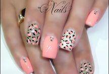 nails / by Sonia Mara Tonial