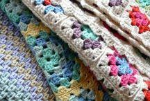colchas a crochet / by Monica Ojeda