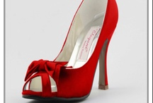 Shoes Crave / by Angelia Brown