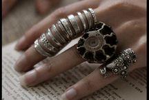 Jewelry ideas / by Jessica Díaz