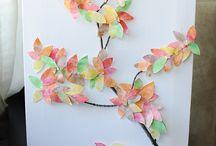 kid crafts / by Chantal Daigneault