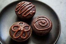 Food- Sweet Treats / by Melayla O