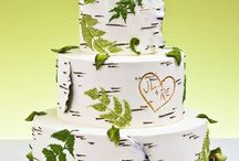 CAKES & CUPCAKES / by Loretta Albin