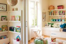 London house playroom/fam room / by Meta Interiors