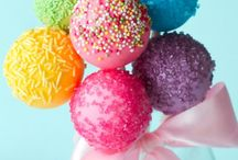 Cake pops  / by Tamira Ventura