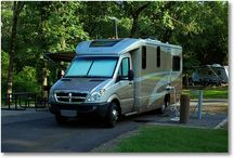 Recreational Vehicles and Camping Pictures / by Haw Creek - Michael's Pins